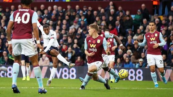 Aston Villa - Liverpool 1-2. Robertson, Sadio Mane giúp Klopp thắng ngược phút chót ảnh 6