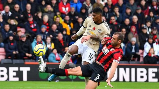 Bournemount - Man United 1-0: Joshua King nhấn chìm Quỷ đỏ ảnh 9