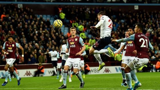 Aston Villa - Liverpool 1-2. Robertson, Sadio Mane giúp Klopp thắng ngược phút chót ảnh 7