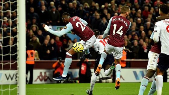 Aston Villa - Liverpool 1-2. Robertson, Sadio Mane giúp Klopp thắng ngược phút chót ảnh 10