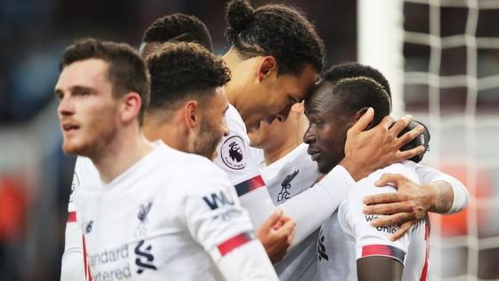 Aston Villa - Liverpool 1-2. Robertson, Sadio Mane giúp Klopp thắng ngược phút chót ảnh 11