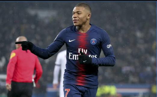"""ChỈ có thể so sánh Mbappe với Ronaldo 'béo"""""""