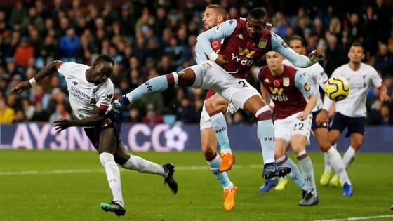 Aston Villa - Liverpool 1-2. Robertson, Sadio Mane giúp Klopp thắng ngược phút chót ảnh 9