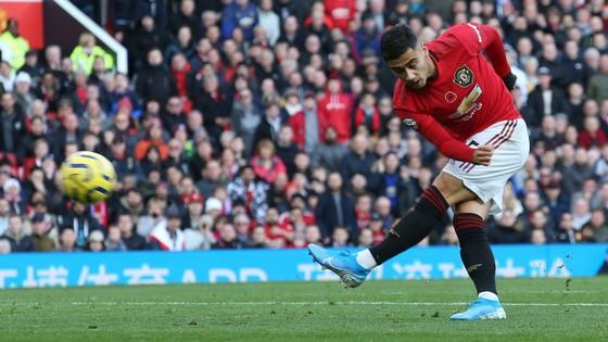 Man United - Brighton 3-1: Đòn phản công độc địa của Solskjaer ảnh 2