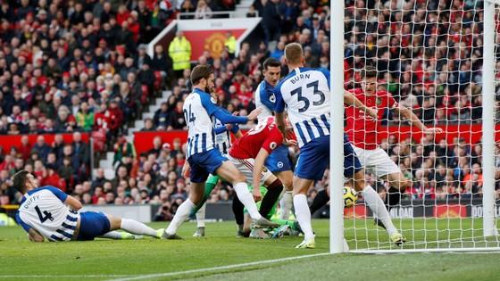 Man United - Brighton 3-1: Đòn phản công độc địa của Solskjaer ảnh 4