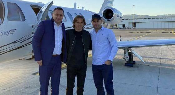 Luka Modric thắng giải thưởng Bàn chân vàng 2019 ảnh 2
