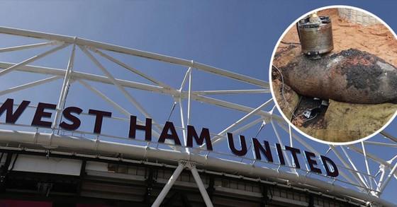 Sốc: Trận West Ham tiếp Arsenal có thể hoãn vì ở quá gần… quả bom Thế chiến