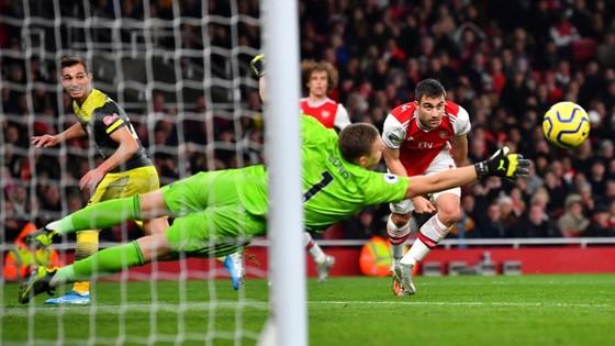 Arsenal - Southampton 2-2: Lacazette cứu nguy Pháo thủ phút 90+6 ảnh 6