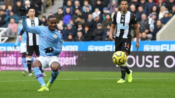 Newcastle - Man City 2-2: Choáng khi Chích chòe cầm chân Man City ảnh 3