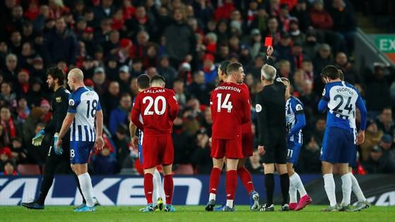 Liverpool - Brighton 2-0: Sát thủ Van Dijk giúp Liverpool bứt xa Man City 11 điểm ảnh 9