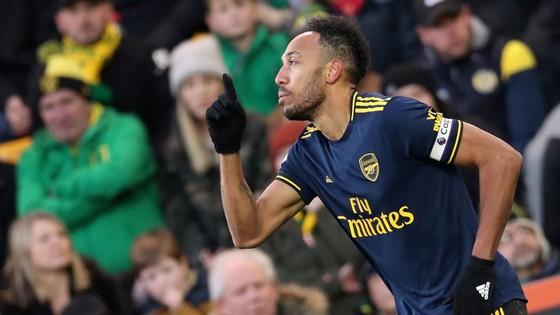 Norwich City - Arsenal 2-2: Aubameyang cứu nguy Pháo thủ  ảnh 7