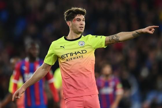 John Stones vẫn tin tưởng Man City sẽ thắng Premier League trước mũi Liverpool