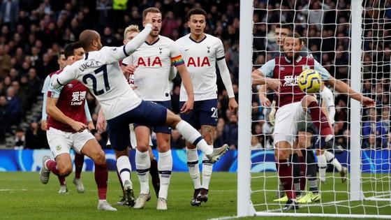 Tottenham - Burnley 5-0: Harry Kane ghi cú đúp, Son lập siêu phẩm ảnh 4