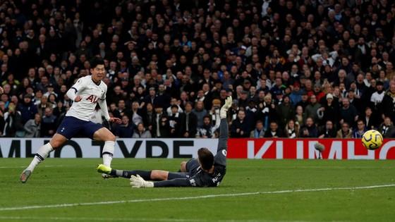 Tottenham - Burnley 5-0: Harry Kane ghi cú đúp, Son lập siêu phẩm ảnh 5