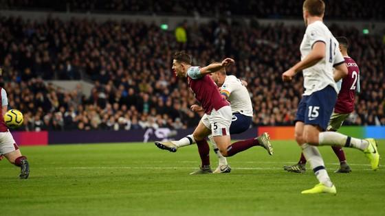 Tottenham - Burnley 5-0: Harry Kane ghi cú đúp, Son lập siêu phẩm ảnh 6