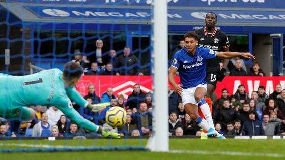 Everton - Chelsea 3-1: Calvert-Lewin nhấn chìm The Blues để đền ơn Ferguson ảnh 4