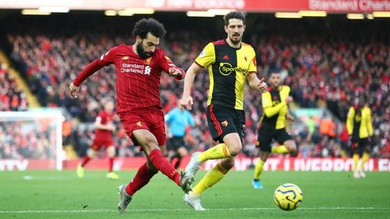 Liverpool - Watford 2-0: Mo Salah tỏa sáng với cú đúp ảnh 9