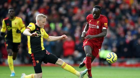 Liverpool - Watford 2-0: Mo Salah tỏa sáng với cú đúp ảnh 4