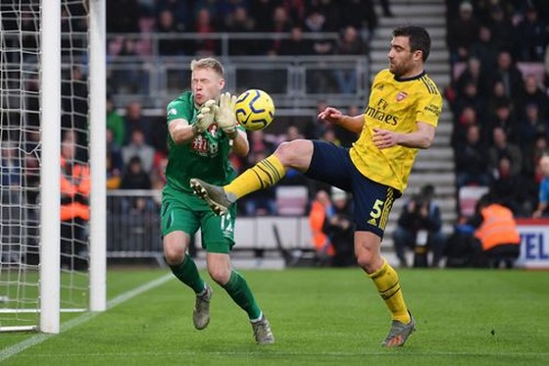 Bournemouth - Arsenal 1-1: Aubameyang giúp Arterta giành lại 1 điểm ảnh 7
