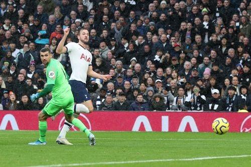 Tottenham - Brighton 2-1: Harry Kane và Dele Alli giúp Gà trống thắng ngược  ảnh 4