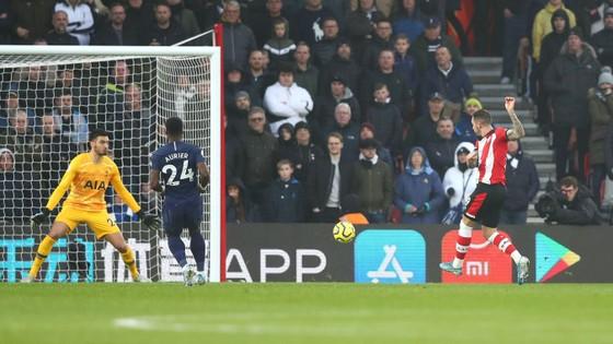 Southampton - Tottenham 1-0: Danny Ings nhấn chìm đội bóng của Mourinho ảnh 3