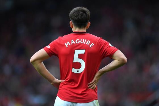 Man United đã sai lầm khi mua hớ giá Harry Maguire