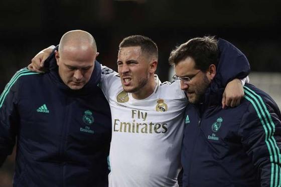 Sau Hazard, Real Madrid mất thêm Benzema và Bale ảnh 1