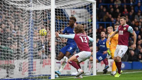 Chelsea - Burnley 3-0: The Blues dạo mát trên sân nhà ảnh 4