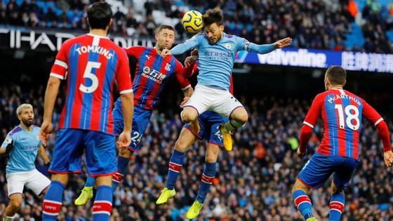 Man City - Crystal Palace 2-2: Aguero ghi cú đúp, Fernandinho đốt lưới nhà ảnh 8