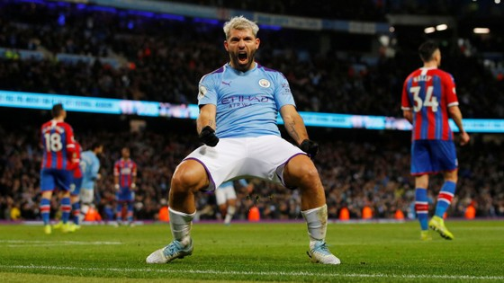 Man City - Crystal Palace 2-2: Aguero ghi cú đúp, Fernandinho đốt lưới nhà ảnh 12