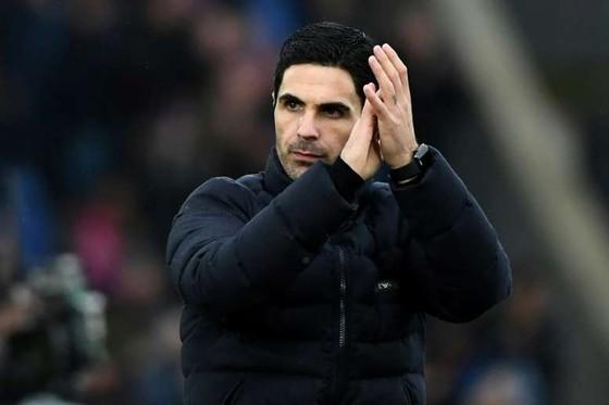Arsenal nuôi mộng thắng Chelsea ở Stamford Bridge