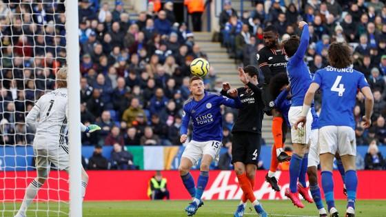 Leicester - Chelsea 2-2: Rudiger ghi cú đúp gỡ hòa sau sai lầm của Caballero ảnh 5