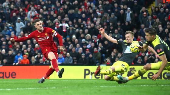 Liverpool - Southampton 4-0: Chamberlain mở điểm, Salah ghi cú đúp ảnh 7