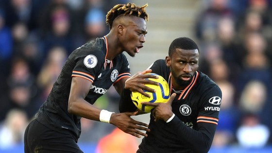 Leicester - Chelsea 2-2: Rudiger ghi cú đúp gỡ hòa sau sai lầm của Caballero ảnh 8