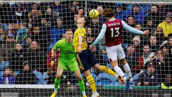 Burnley - Arsenal 0-0: Aubameyang bất lực nhưng Pháo thủ hòa trong may mắn ảnh 7