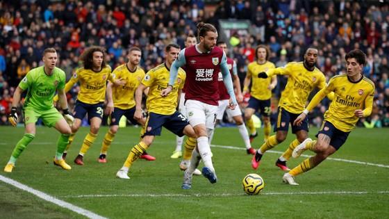 Burnley - Arsenal 0-0: Aubameyang bất lực nhưng Pháo thủ hòa trong may mắn ảnh 5
