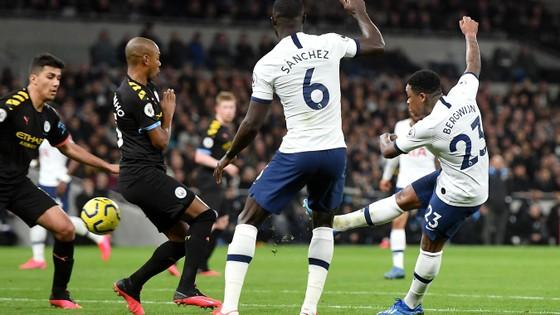 Tottenham - Man City 2-0: Jose Mourinho thắng Guardiola khi Bergwijn tỏa sáng ảnh 9