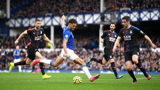 Richarlison tỏa sáng giúp Everton thắng Crystal Palace 3-1, bấm còi qua mặt Man United ảnh 9