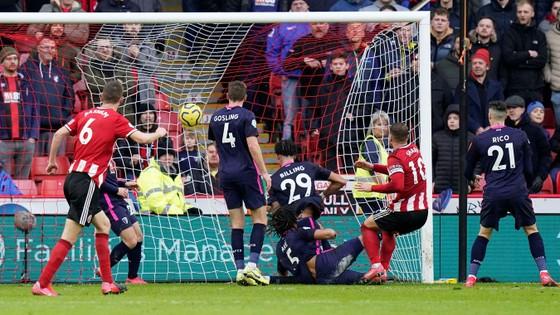 Thắng ngược Bournemouth, Sheffield United vươn lên thứ 5, bám sát Chelsea ảnh 2