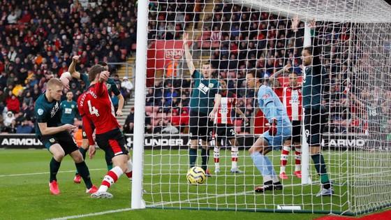 TRỰC TIẾP Southampton - Burnley: quyết chiến ở St Mary's  ảnh 3