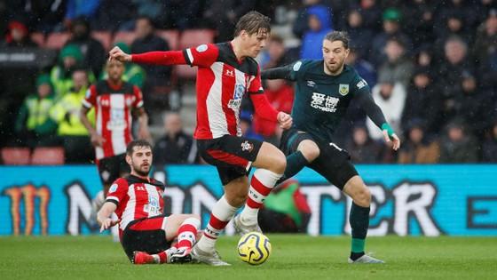TRỰC TIẾP Southampton - Burnley: quyết chiến ở St Mary's  ảnh 6
