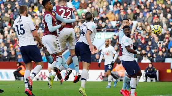 Aston Villa - Tottenham 2-3: Son Heung-min ghi cú đúp mang về 3 điểm cho Mourinho ảnh 8