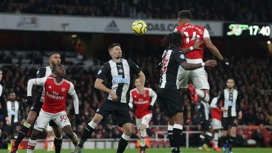 TRỰC TIẾP Arsenal - Newcastle: Aubameyang săn tìm bàn thắng ảnh 5