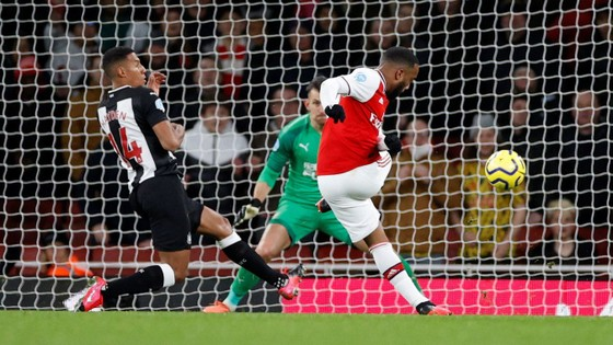 TRỰC TIẾP Arsenal - Newcastle: Aubameyang săn tìm bàn thắng ảnh 7