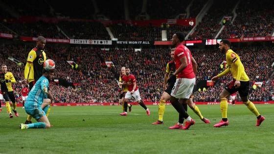 Man United - Watford 3-0: Bruno Fernandes tỏa sáng, Martial, Greenwood góp công ảnh 8