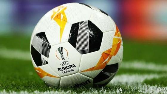 Europa League: Hoãn trận Salzburg - Eintracht Frankfurt vì bão
