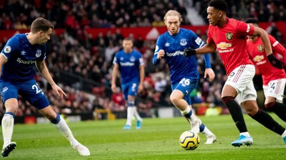 Dự đoán Everton – Man United: Mất Martial, Quỷ đỏ sẽ tịt ngòi