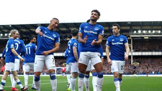 Everton - Man United 1-1: De Gea tặng quà, Bruno lại tỏa sáng  ảnh 3