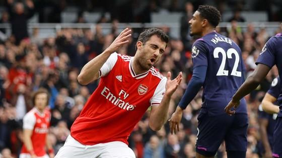 Arsenal - West Ham 1-0: Lacazette lập công đưa Pháo thủ lên thứ 9 ảnh 4