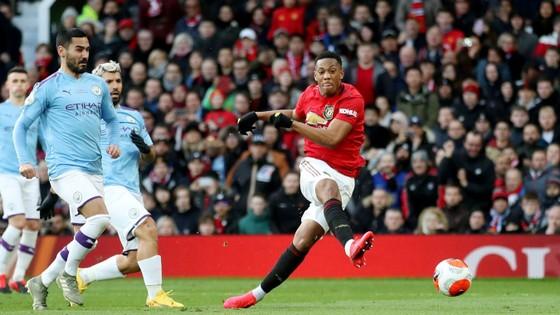 Man United - Man City 2-0: Martial, McTominay giúp Quỷ đỏ đại thắng ảnh 3